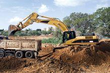 La phytoremédiation ne peut pas régler tous les problèmes de contamination des sols mais ce procédé reste largement sous-utilisé car il est mal connu des experts conseillant les gouvernements. En conséquence, les méthodes traditionnelles de décontamination