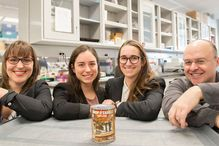 PhD student Martine Therrien, Catherine Aaron, Gabrielle Beaudry, and researcher Alex Parker