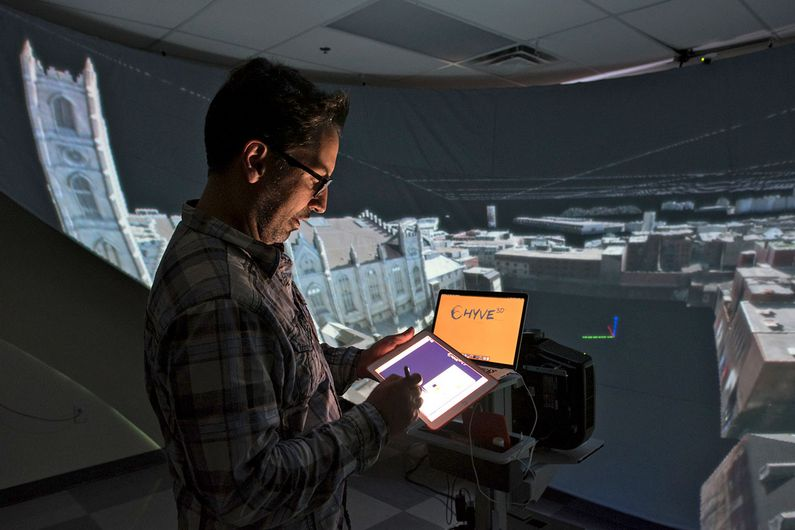 The researchers immersed their subjects into two virtual reality environments, the Hyve-3D designed at the University of Montreal.